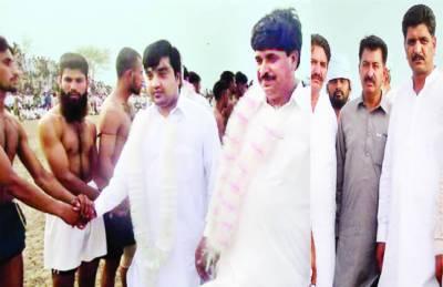 نارنگ منڈی : حضرت میراں سید محمد یزدانی کے عرس پر کبڈی ٹورنامنٹ سجاد بٹ ٹیم نے جیت لیا
