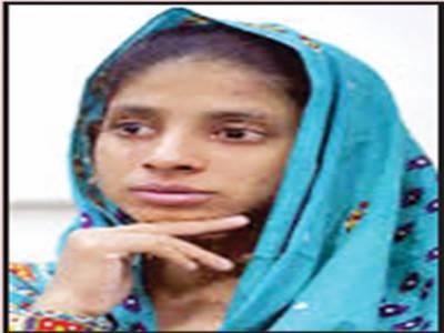 پاکستان سے لوٹنے والی بھارتی لڑکی گیتا نے اپنی شادی کیلئے دو امیدوار منتخب کرلیے