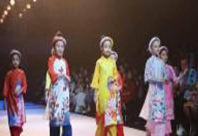تھائی لینڈ میں ننھے بچوں کا فیشن شو