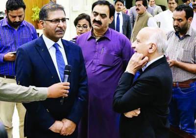 نگران حکومت کو غرض نہیں کون سی جماعت جیت کر حکومت بناتی ہے: علی ظفر