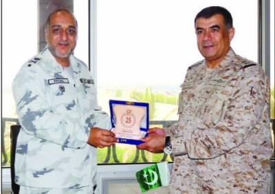 پاک بحریہ کے خیر سگا لی دورے ، پی این ایس اصلت سعودی عرب پہنچ گیا
