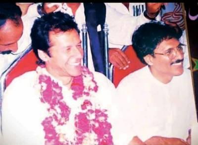 وزیراعظم کی یادگار تصویر کے ساتھ عارف علوی کو مبارکباد