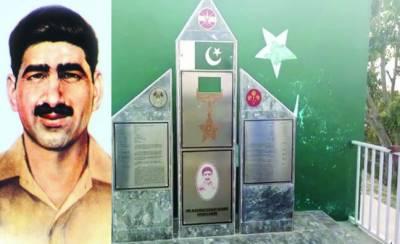 شکرگڑھ: نشان حیدر کا اعزاز پانے والے سوار محمد حسین شہید کی جائے شہادت پر یادگار تعمیر