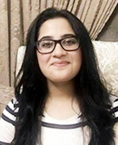 پاکستانی طالبہ نے کوئینز کامن ویلتھ عالمی مقابلہ مضمون نویسی جیت لیا