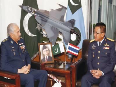 ایئر چیف مارشل مجا ہد انور خان سے تھائی لینڈ کے ہم منصب کی ملا قات ، علا قائی امن پر تبادلہ خیال