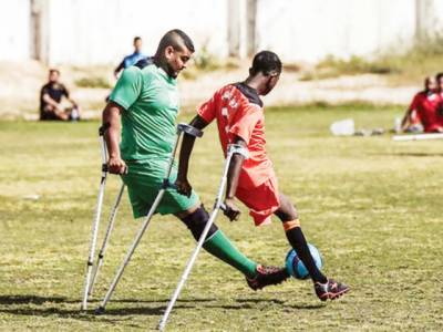 معذورفلسطینی نوجوانوں پر مشتمل فٹ بال ٹیموں کے درمیان ٹورنامنٹ کا آغاز