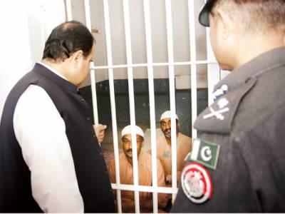 گوجرانوالہ کا دورہ غفلت رشوت کی شکایت پر 5 افسر معطل، صرف عوامی مفاد عزیز ہے: عثمان بزدار