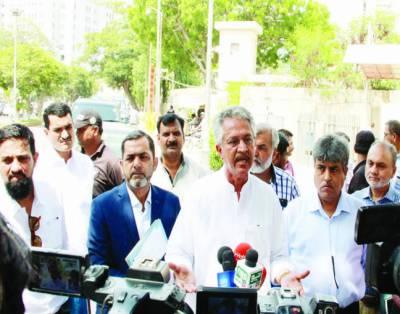 سندھ حکومت کراچی کے مسائل حل نہیں کرناچاہتی،وسیم اختر