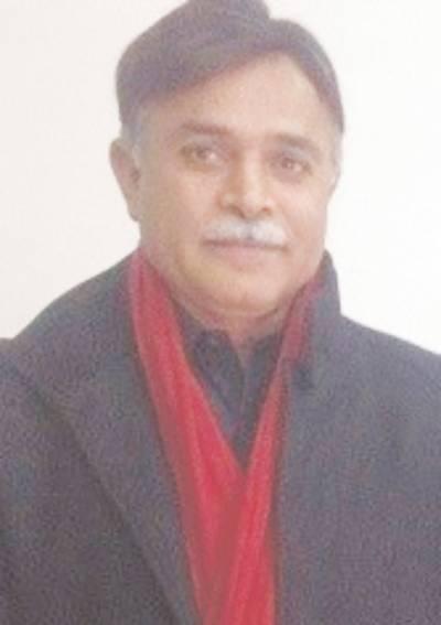 عوام سوچنے پر مجبور ہوگئے،کاش عمران خان کو ووٹ نہ دیتے:اختر اقبال ڈار