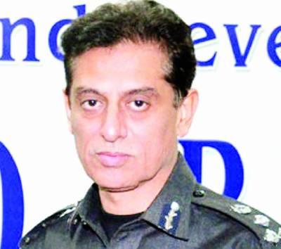 کراچی کے سابق پولیس چیف شاہد حیات انتقال کرگئے