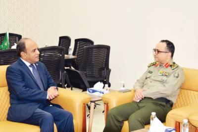 پاکستانی قونصل جنرل کا جدہ کے حراستی مرکز کا دورہ، انچارج سے ملاقات