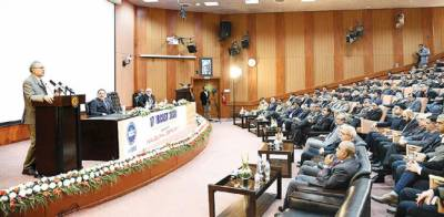 مقبوضہ کشمیر میں انسانی حقوق کی خلاف ورزیوں پر عالمی برادری کا رویہ مایوس کن ہے : صدر علوی
