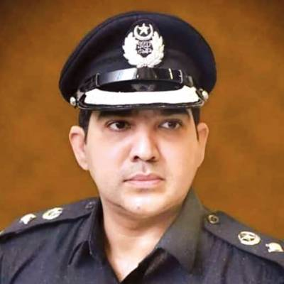 ایس ایس پی شکار پور کا امتیاز شیخ پر مجرموں کی سرپرستی کا الزام