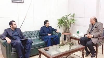 مونس الٰہی کی راجہ بشارت سے ملاقات، پنجاب کی سیاسی صورتحال پر گفتگو