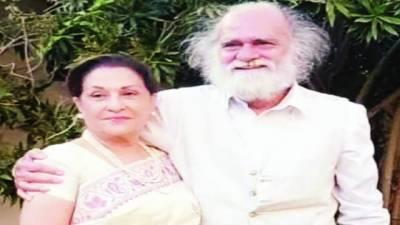 ''یس اٹ از ٹرو'' 70 سالہ اداکارہ ثمینہ احمد نے ہم عمر منظر صہبائی سے شادی کی تصدیق کردی