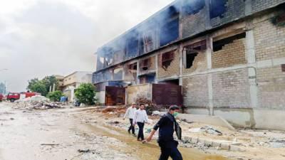 لانڈھی فیکٹریوں کی آگ 19گھنٹے بعد بجھادی گئی