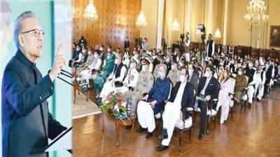 امید ہے معیشت مستحکم ہونے پر امہ کی قیادت پاکستان کو ملے گی: صدر علوی