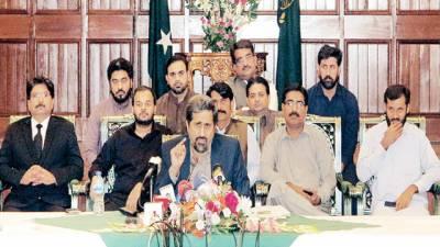 کراچی جلسہ ناکام، ترقی، امن و سکون کے پیچھے وردی ہے: فیاض چوہان