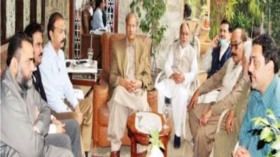 ملک چلانا تحریک انصاف اور عمران خان کے بس میں نہیں: غلام دستگیر