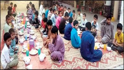 رمضان میں چائلڈ پروٹیکشن بیوو میں رہائش پذیر بچوں کیلئے سحر و افطار کا انتظام