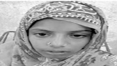 تشدد کا شکار10 سالہ دلہن ملتان سے بھاگ کرخانیوال آگئی