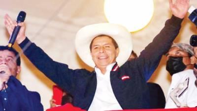 پرائمری سکول ٹیچرپیروکا صدر بن گیا