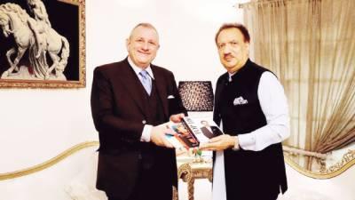 رحمن ملک سے اٹلی کے سفیر کی ملاقات خطے کی صورتحال، تعلقات پر تبادلہ خیال