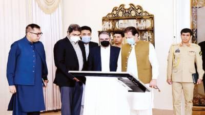 طالبان سے سروکار نہیں فوج ہر حکومتی اقدام کی حامی: عمران